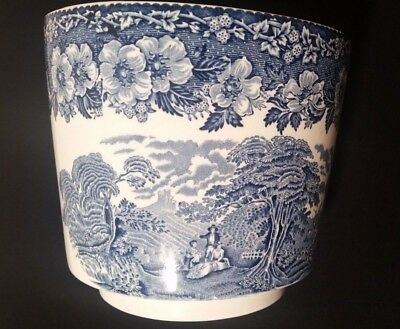 """Enoch Wedgwood """"Woodland"""" Blue and White Planter"""