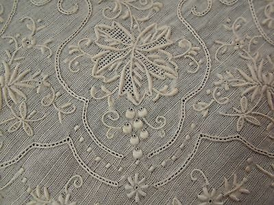 A+ Vtg Antique MADEIRA Hand EMBROIDERED White LACE WEDDING Handkerchief Hanky A+