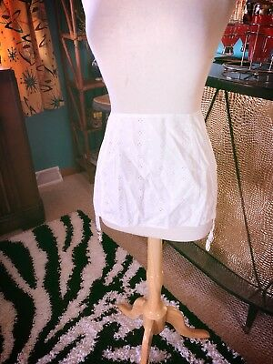 Vintage 1950s Garter Belt White Cotton Eyelet XL 2XL plus Rockabilly PinUp 50s