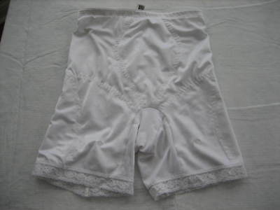 Vintage JACLYN SMITH White Girdle with 4 Garter Clasps, RN 35469 - Size M