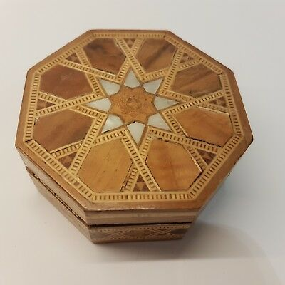 Vtg Little Octagon Jewelry Mother-of-Pearl Inlay Marquetry Lacquered Trinket Box