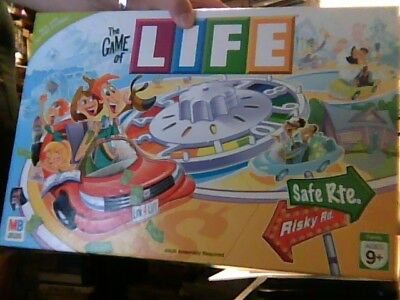 Milton Bradley The Game Of Life 2007, Complete, Nice, only minor outer box wear
