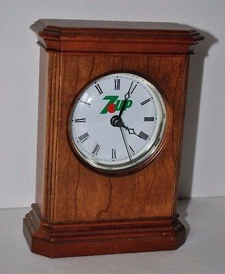 Vintage 7up (Soda - Pop) Takane Quartz Desk Mantle Promo Clock Wood WORKS