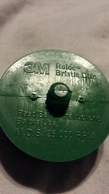 "3m  2"" Scoth-brite Roloc Bristle Disc 50 Grit green medium"