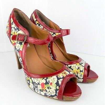 d4b3f42dfd2 Steve Madden Womens Heels Size 8 M Reede Open Toe Floral Red Block Stacked  Heel