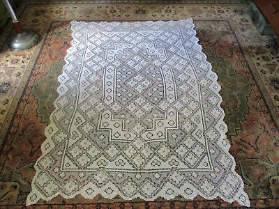 Vintage Cluny Lace Tablecloth 174 x 120 cm - Bobbin Lace Cluny Handmade lace