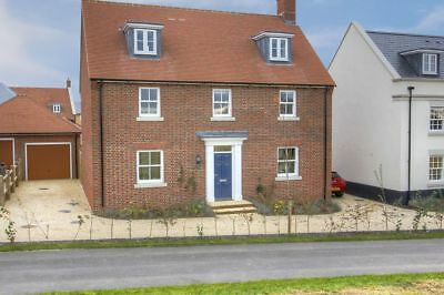 House for Sale in Yeovil, Somerset, 5 double beds, beautifully presented.