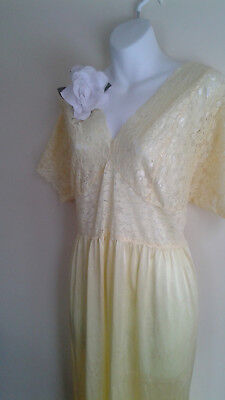 VINTAGE  NYLON NIGHTGOWN  XXL yellow COLOR lace  LARGE BIG BEAUTY U