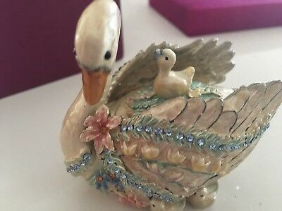 Fitz and Floyd Treasures Collection Swan Hinged Box