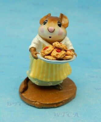 SUGAR & SPICE by Wee Forest Folk, WFF# M-246, Green, Retired Mouse with Cookies