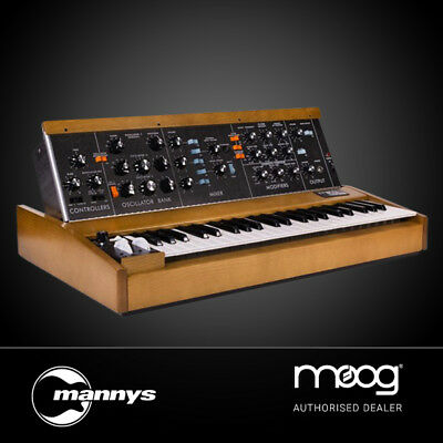 Moog Minimoog Model D Limited Edition Synthesizer