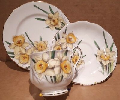 """Royal Albert Flower Of The Month Series Trio  """"daffodil"""" England"""