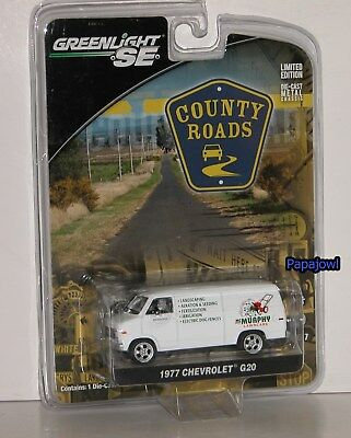 Greenlight County Roads 1977 Chevrolet G20 77 Chevy Work Van Series 7 1:64