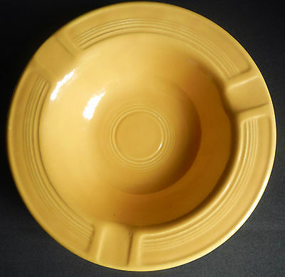 Homer Laughlin / FIESTA / Ashtray / Yellow / Older version with bottom rings