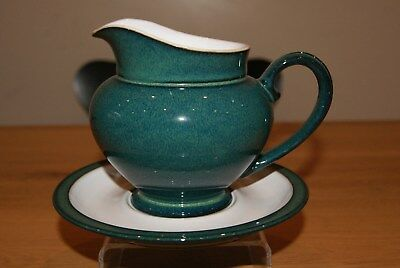 Denby Greenwich sauce or gravy boat with stand - 1pt capacity