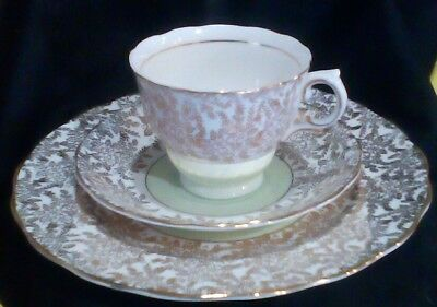 Colclough Fine Bone China Hand Painted Gold Lace Trio Longton England (Co32)