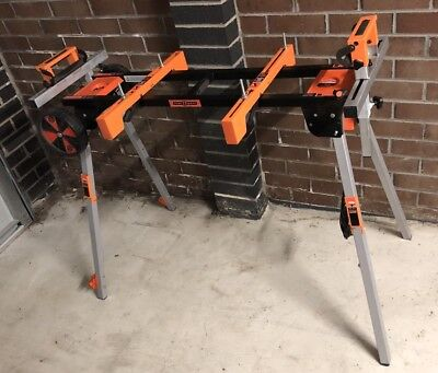 Mitre Saw Stand/Table - Collapsible/Expandable. Suit Medium/Large Saw