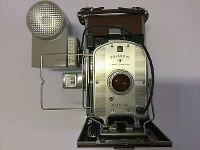 POLAROID 95A LAND CAMERA 'Speedliner' - Circa 1954 - a large vintage camera