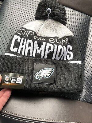 PHILADELPHIA EAGLES SUPER Bowl Champions Pom Parade Knit Hat NEW ... 468ccefd663