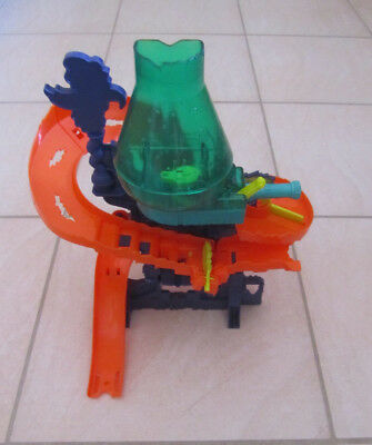 Hot Wheels Color Shifters Color Splash Science Lab Play Set - Incomplete
