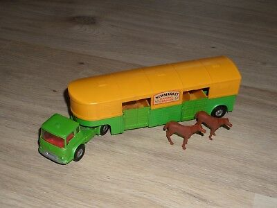 Corgi  Major Toys Bedford Articulated Horse Box