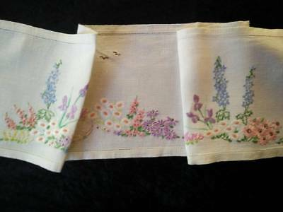 Charming Cottage Flowers~Iris/Lupins/Daisy~Vintage Hand Embroidered Runner/Scarf