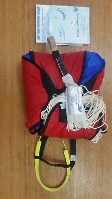 Reserve emergency rescue parachute APCO