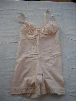 Vintage STROUSE ADLER SMOOTHIE 6852 Peach Body Shaper, 4 Garters 38B