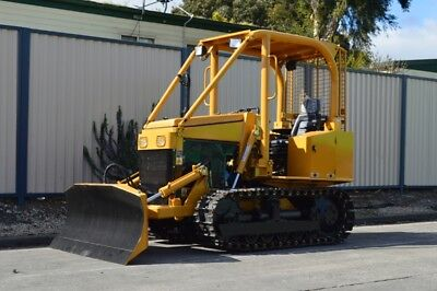 35HP Blade Dozer , Tracks, 3point Linkage, Hydraulics, 6 Way Blade, Warranty