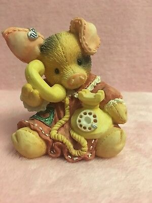 """Adorable This Little Piggy """"Sow Are Things With You?"""" 1994 Enesco Figurine"""