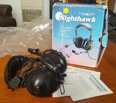 Flightcom Nighthawk Model 4DLX Headset w/ Boom Mic Flight Aviation Plane Chopper