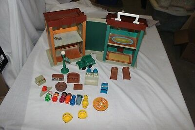 Vintage Fisher Price Sesame Street 938 Brownstone nearly complete. No ladder.