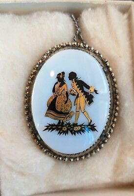 Vintage Victorian Lovers Cute Courting Scene Romantic Cameo Pendant Necklace