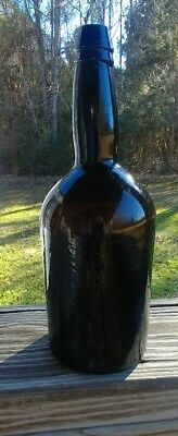 Deep Amber/black.. beer/ale bottle quart size