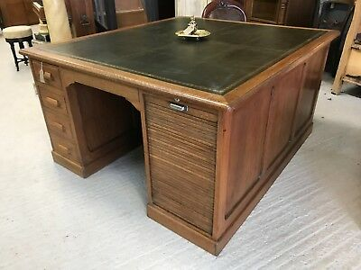 Stunning Large Antique Oak 1920's Partners desk with Leather Top