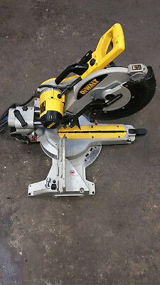 DeWalt DW718XPS 305mm Sliding Compound Mitre Saw 110V