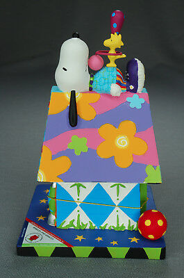Snoopy Westland - Doghouse Days of Summer Wiggles and Giggles #8631 w/Box