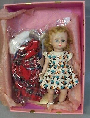 Cute Vintage 8 inch Madame Alexander Wendy in Pretty Display Box + Extra Outfits