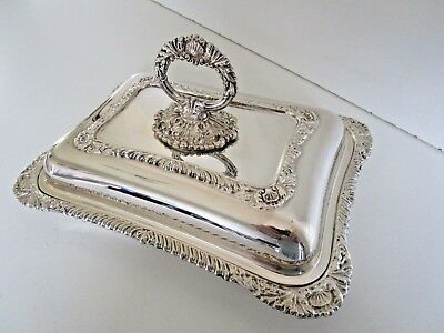 Silver Plated Entree Dish & Cover, Detachable Handle, Circa 1950.
