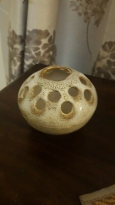 16 hole frog vase creams and brown speckled pottery great condtion