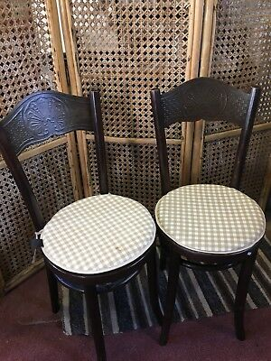 Pair Of Mundus And J&J Kohn Bentwood Chairs (pre Thonet)
