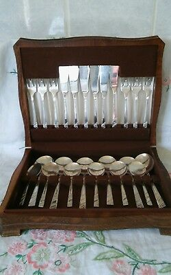 Vintage Wooden Cutlery Box With 24 Pieces Of Viners Silver Rose Cutlery