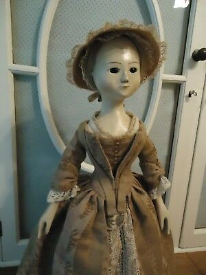 Early 18th Century Queen Anne style Hand Carved Doll