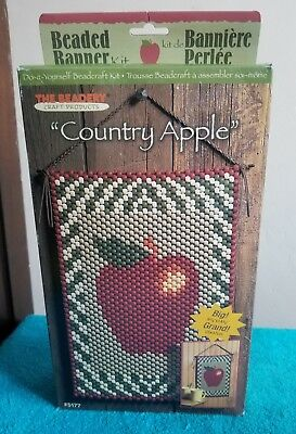 "The Beadery Beaded Banner Kit ""Country Apple "" USA RI Craft Products 2001"
