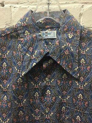 Vintage XL 70s Men Shirt Blue Pattern Perm Press L-Sleeve Big Collar Retro