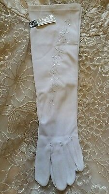 Vintage Cristallon White Gloves - New with tags