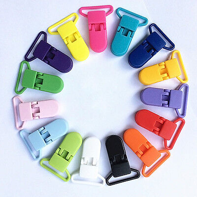 10 PLASTIC DUMMY PACIFIER CLIPS - T-CLIP STYLE NEW ooll