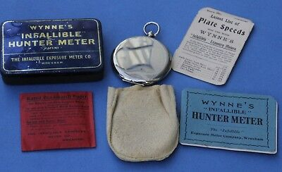 Superb WYNNES INFALLIBLE HUNTER Exposure Meter in Tin + Extras