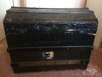 Antique Edwardian/Victorian dome topped trunk