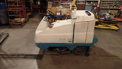 "TENNANT 515 SS FLOOR SCRUBBER 41""W  3-M Maintained"